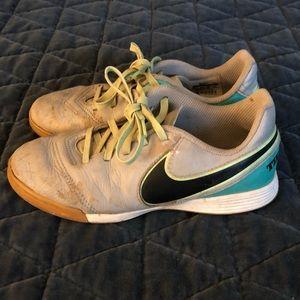 Kids Nike Tiempo Futsal shoes